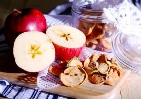 Польза и вред сушёных яблок — самых доступных сухофруктов