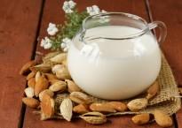 Польза миндального молока и возможный вред