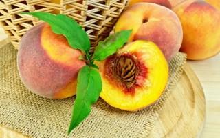 Персики при беременности: такие полезные
