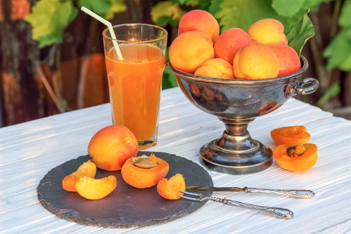 натуральный сок абрикоса